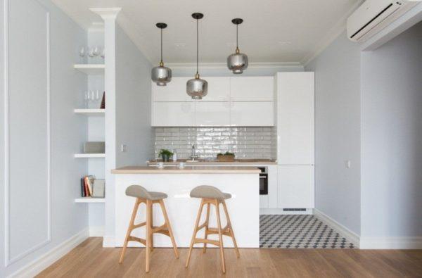 Маленькая кухня прихожая – дизайн в белых тонах