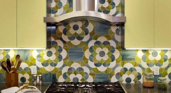 Мозаика в кухонной зоне