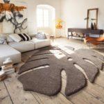 Необычный по форме или расцветке ковёр – напольный декор для интерьера