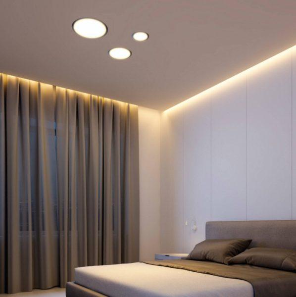 Светодиодная подсветка стены с потолка