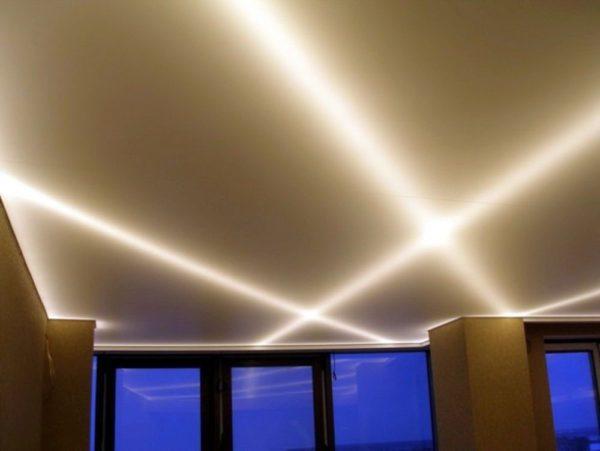 Светодиоды в подвесной потолок – нужна ли такая встройка